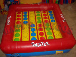 D-03 Twister con ruleta incluida